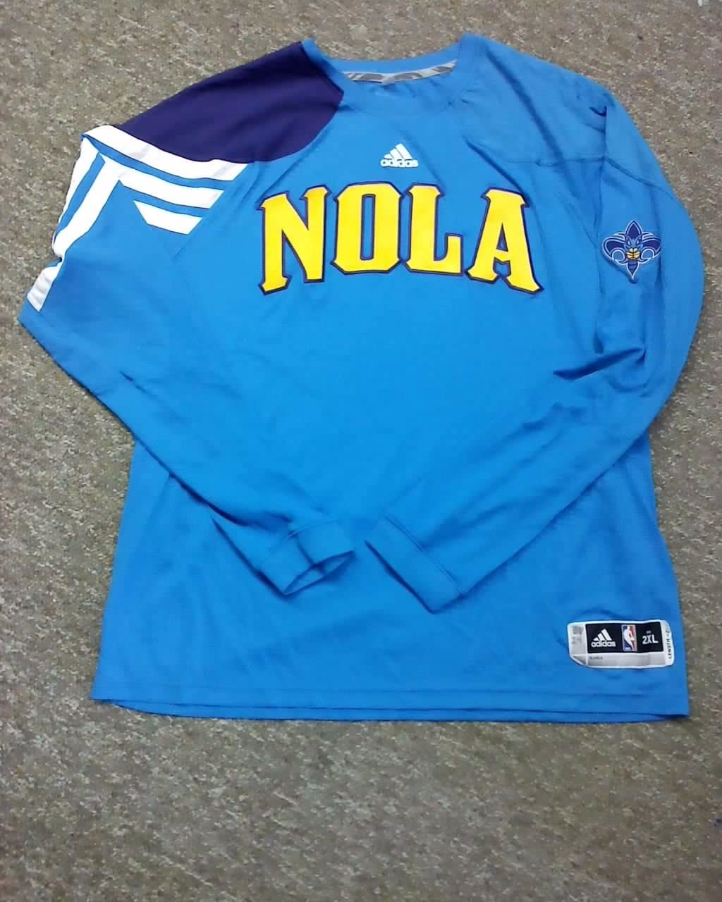 Carl Landry New Orleans Hornets 2011-2012 NOLA Game Worn L/S Shooting Shirt