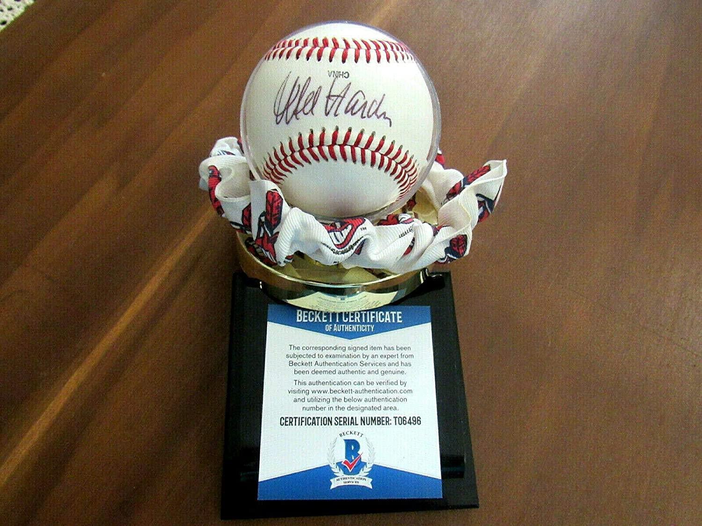Mel Harder Signed Baseball - 4x All star Oml - Beckett Authentication - Autographed Baseballs