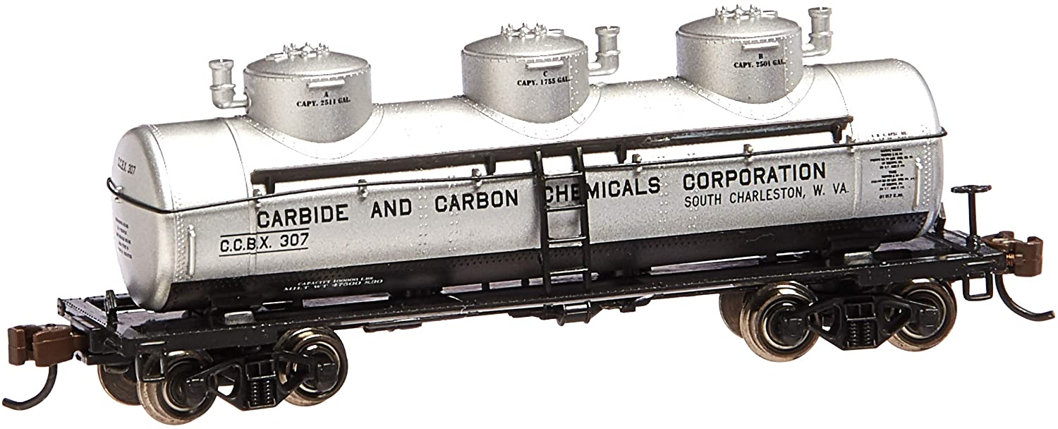 Bachmann Industries 3 Dome Tank Carbide and Carbon Chemicals Car, N Scale