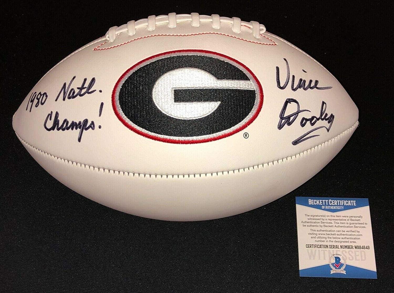 Vince Dooley Signed 1980 Champs Georgia Bulldogs Football Beckett Witness Coa - Beckett Authentication