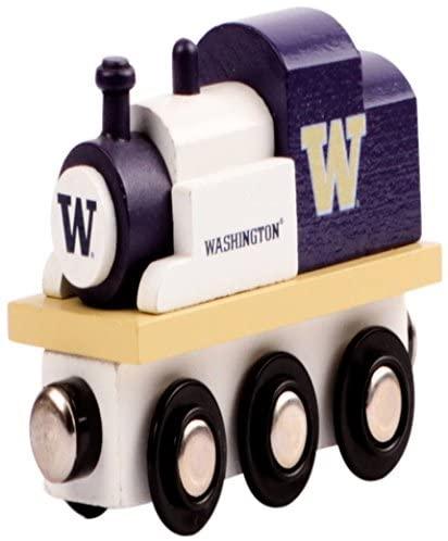 College Team Trains NCAA Kids Toy Engine