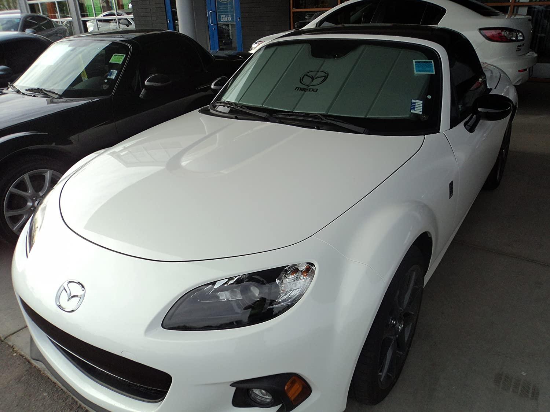 Mazda (0000-8M-D09A Windshield Sunscreen