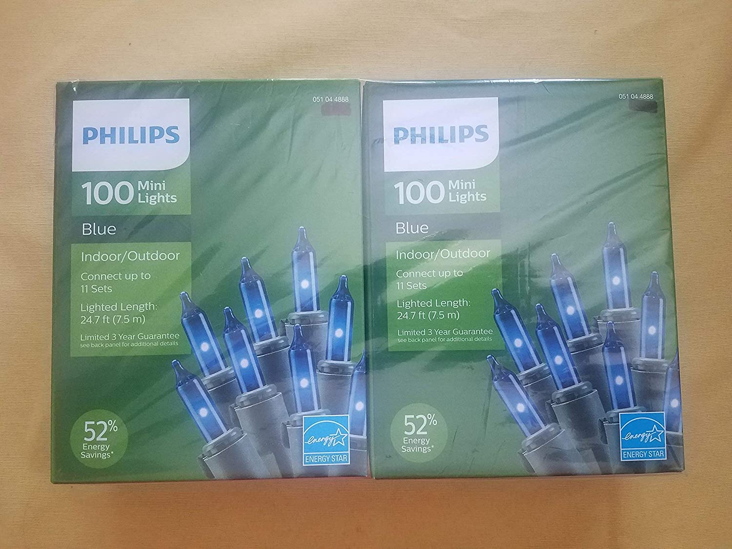 Lot 2 boxes Phillips 100 blue Christmas light energy star 52% saving green wire