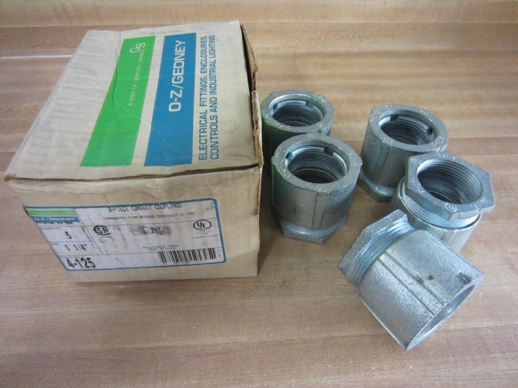 OZ Gedney 4-125 4125 3-Piece Conduit Coupling Size 1 1/4