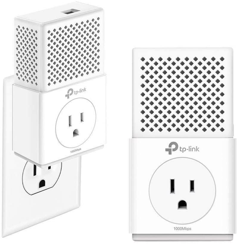 TP-Link AV1000 Powerline Ethernet Adapter - Gigabit Port, Plug&Play, Power Saving Mode, Noise Filtering, Extra Power Socket for Additional Devices, Ideal for Smart TV(TL-PA7010P KIT), White