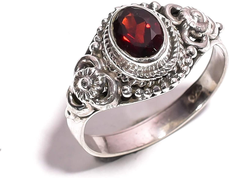 Mughal gems & jewellery 925 Sterling Silver Ring Natural Red Garnet Gemstone Fine Jewelry Ring for Women & Girls Size 6.75 U.S (ZR-789