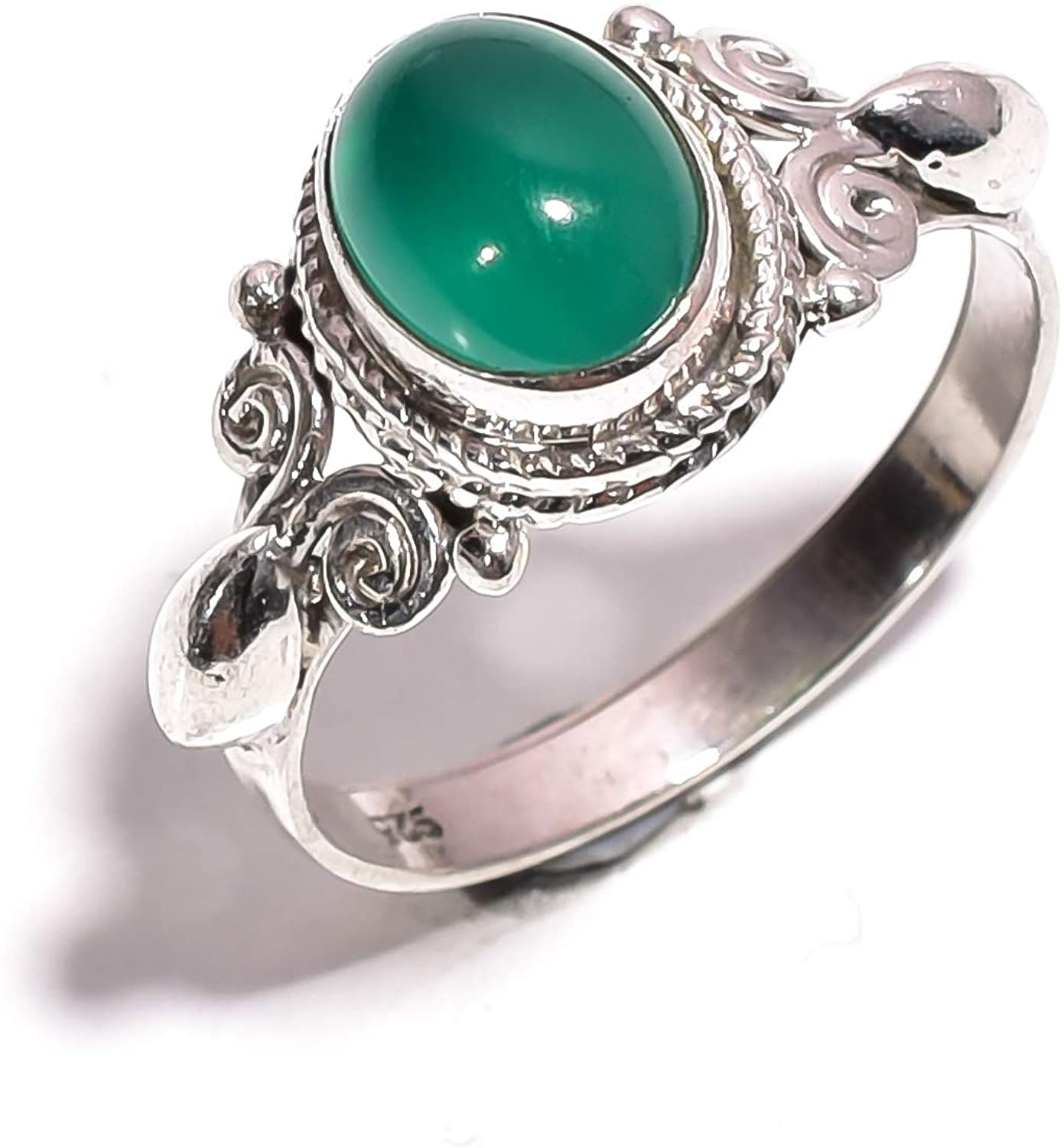 Mughal gems & jewellery 925 Sterling Silver Ring Natural Green Chalcedony Gemstone Fine Jewelry Ring for Women & Girls Size 8.25 U.S (ZR-748