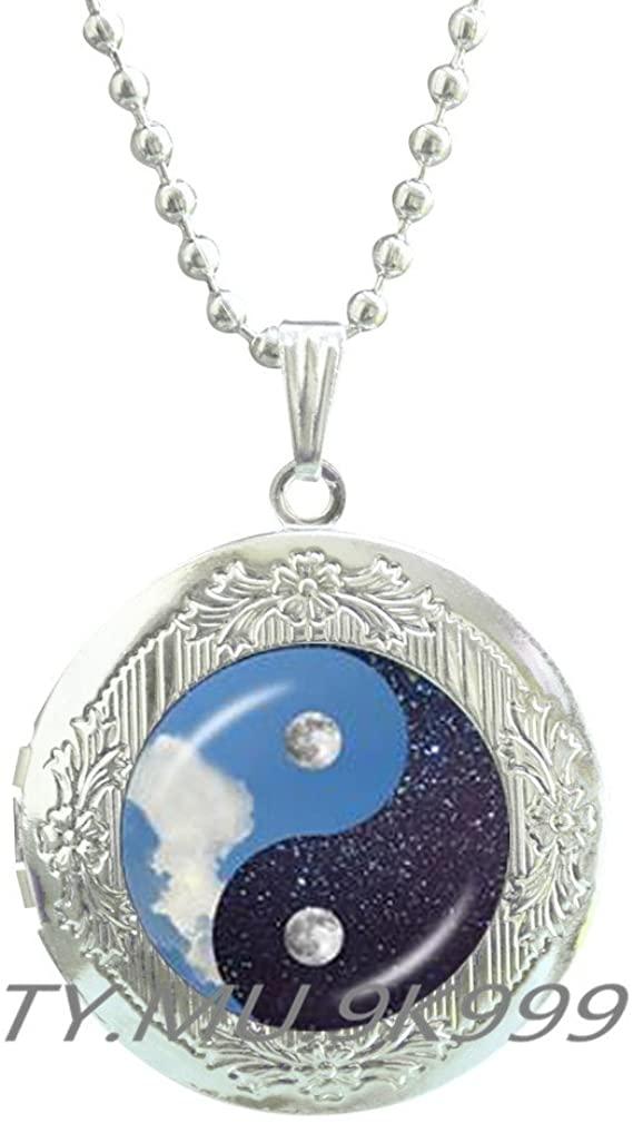 Yin Yang Locket Necklace, Yin Yang Locket Pendant, Yin Yang Jewelry, Yin & Yang Locket Necklace, Yin and Yang Locket Pendant.Y138