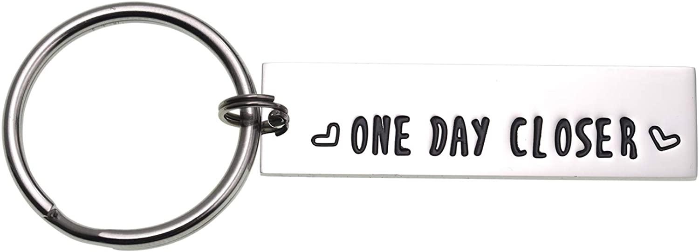 LParkin Boyfriend Girlfriend Gift One Day Closer Keychain Valentines Gift Long Distance Relationship Friends BFF Key Chain