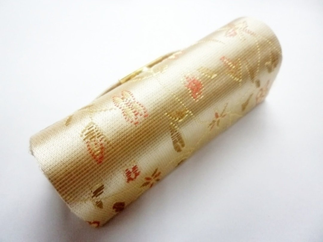Chinese Style Lipstick Case w/ Mirror - Beige / Cream, 3.4