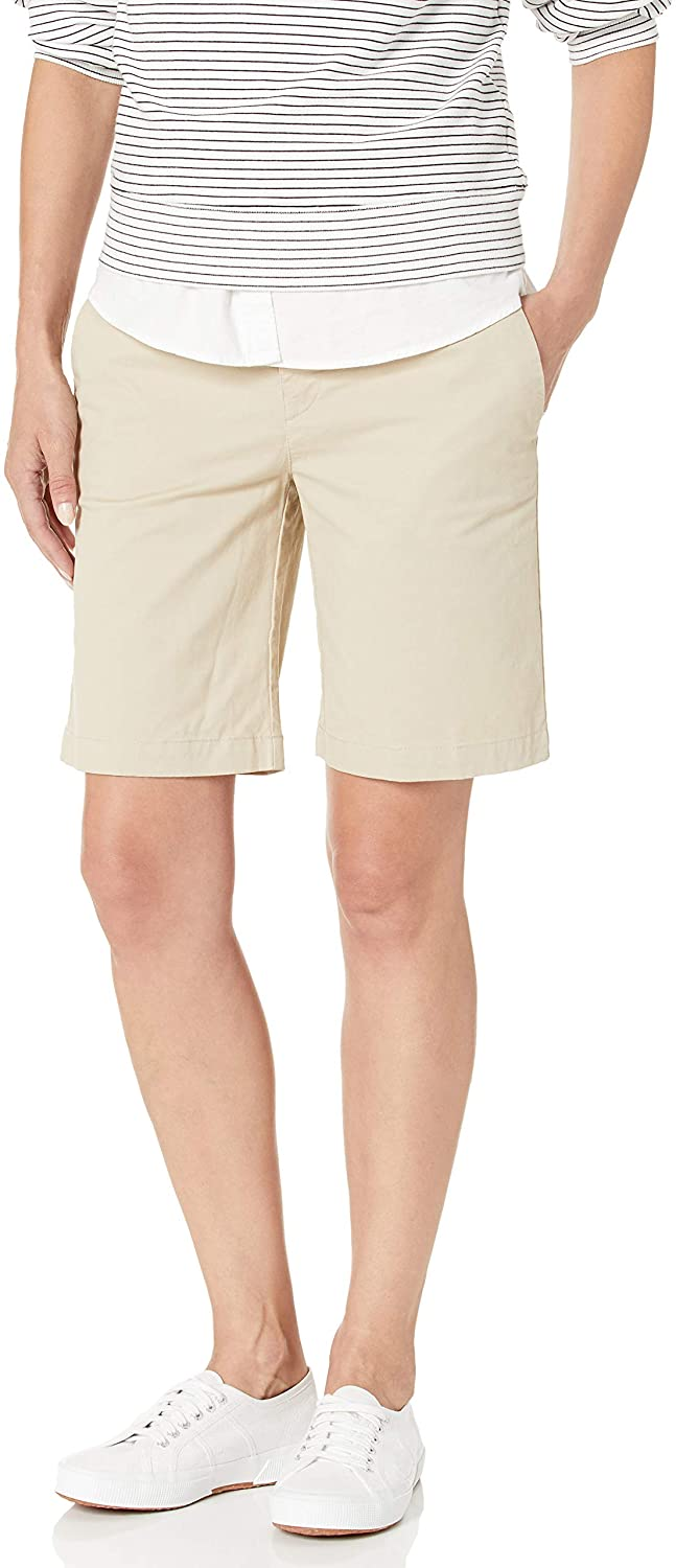 Tommy Hilfiger Womens 9 Inch Hollywood Chino Short (Standard and Plus)