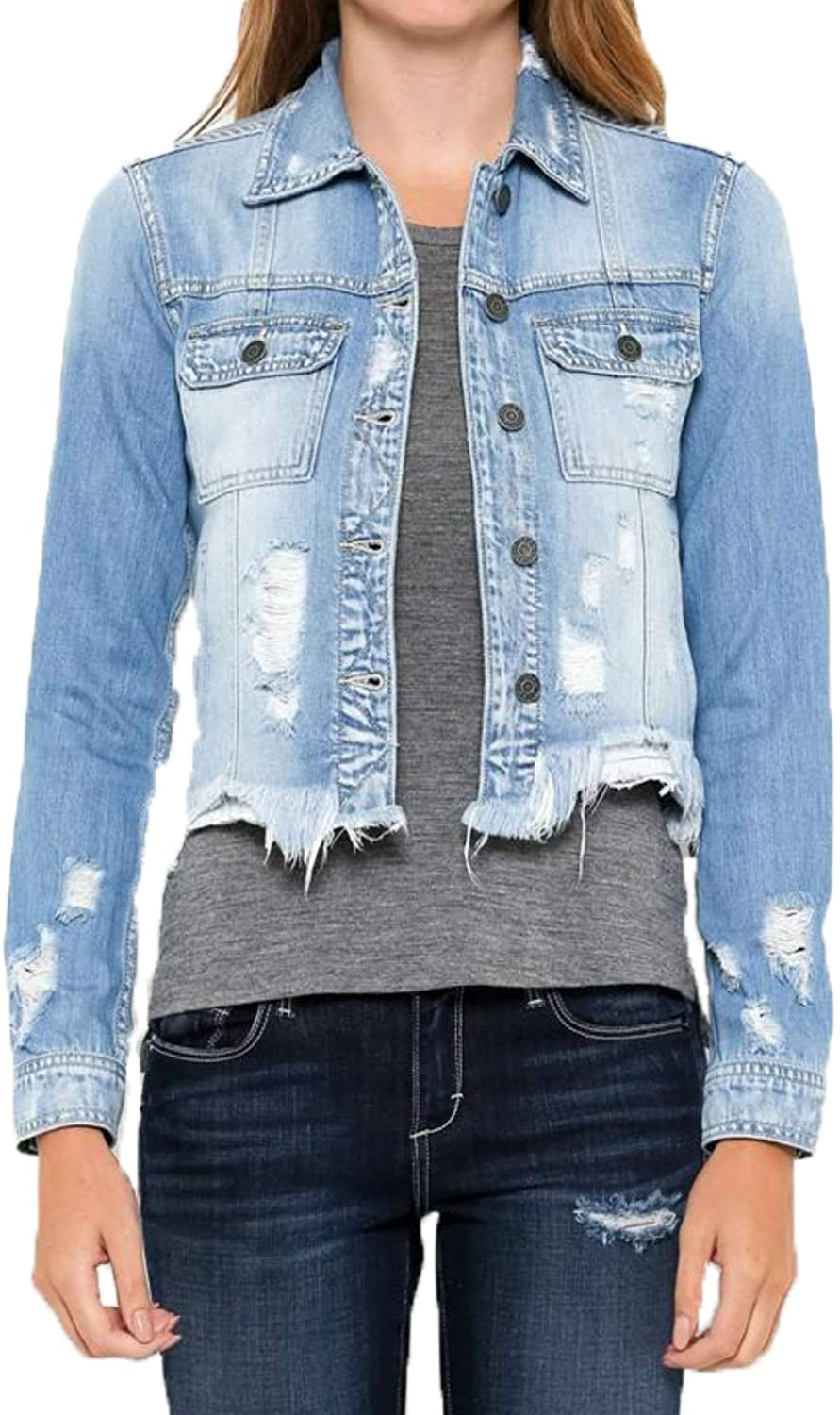 Hidden - Jeans Fitted Jean Jacket - Light Blue | Outfit in Warm Weather for Women & Girls.