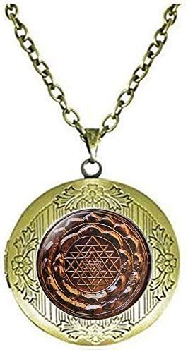 Sri Yantra Locket Necklace Sacred Geometry Jewelry Sri Yantra Jewelry Vintage Charm Jewelry Glass Photo Jewelry