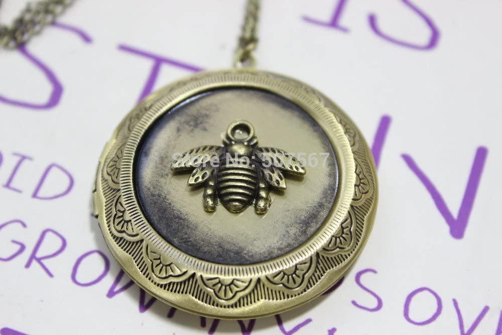 Hot Sale The Bronze Honeybee Locket Necklace Antique Jewelry Steampunk Gift
