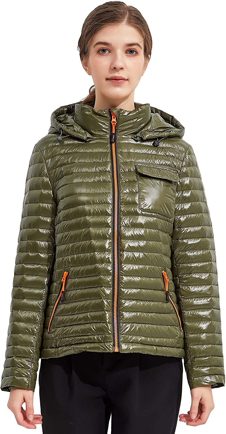 Orolay Women's Light Down Jacket Sports Winter Coat Hooded Cropped Puffer Jacket