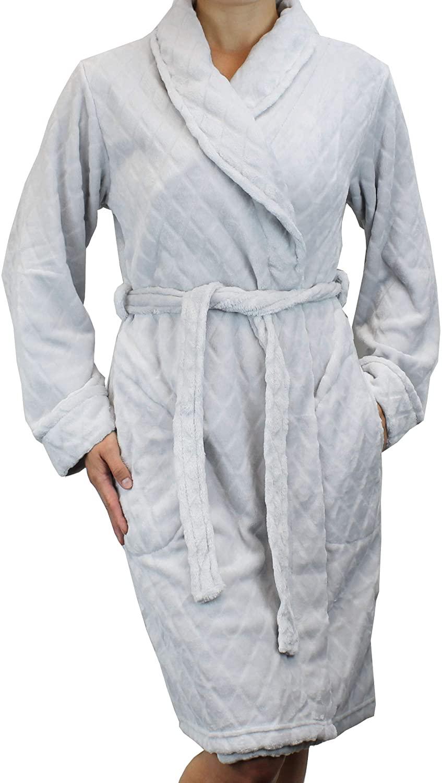 Women's Quilted Pattern Warm Fleece Robe - Plush Soft Short Bathrobe Style