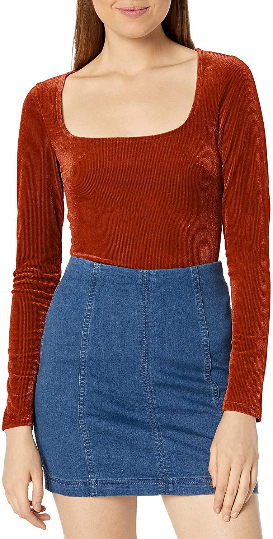 ASTR the label Women's Tess Long Sleeve Stretch Velvet Bodysuit