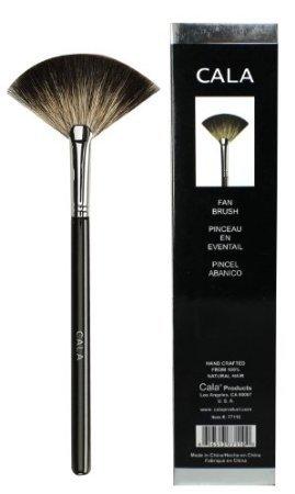 Cala Luxury Fan Brush / Pouch