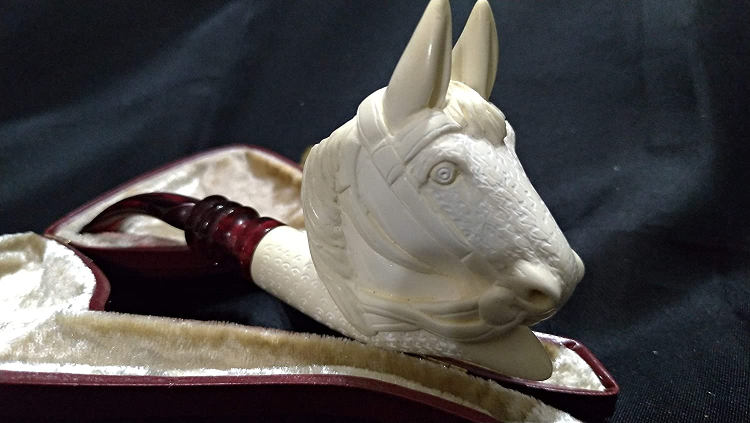 Horse Meerschaum pipe carved from a Block Meerschaum & case by CPW