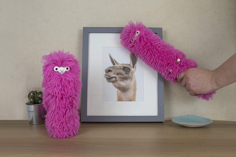 Gift Republic Fuzzy Pink Llama Duster, - GR450039