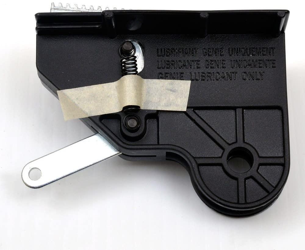 (GARRAG) Genie Garage door opener screw drive carriage - all models