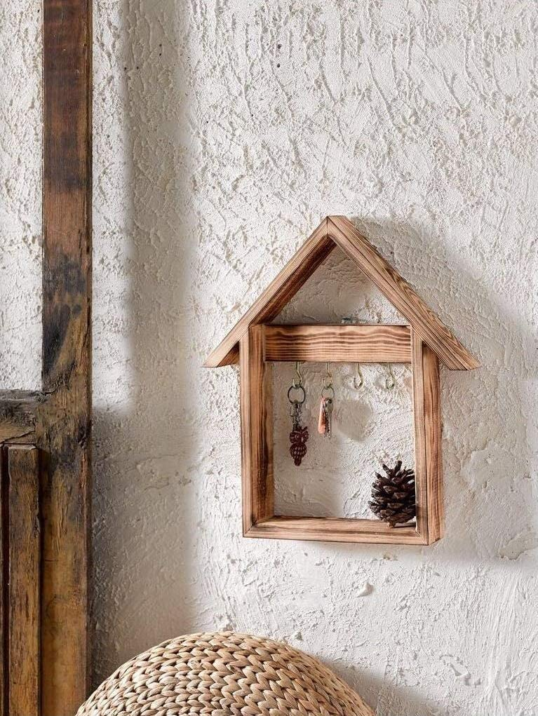 Dekorizi House Decorative Wooden Keychain Wall Rack