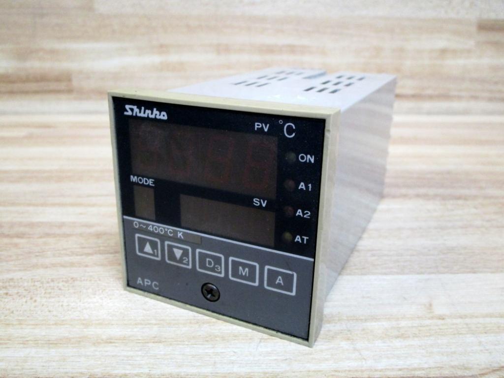 Shinko APC 735 A/E Temperature Controller