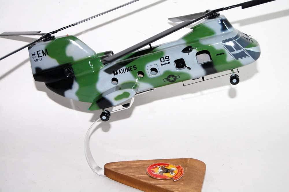 HMM-261 Raging Bulls CH-46 (4851) Model