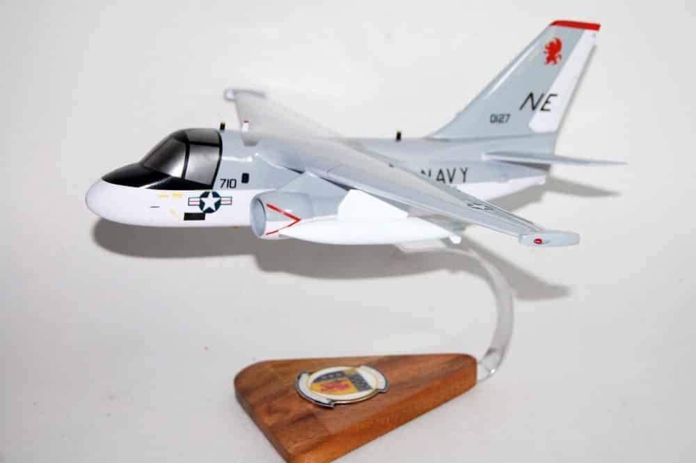 VS-38 Red Griffins S-3b Viking Model