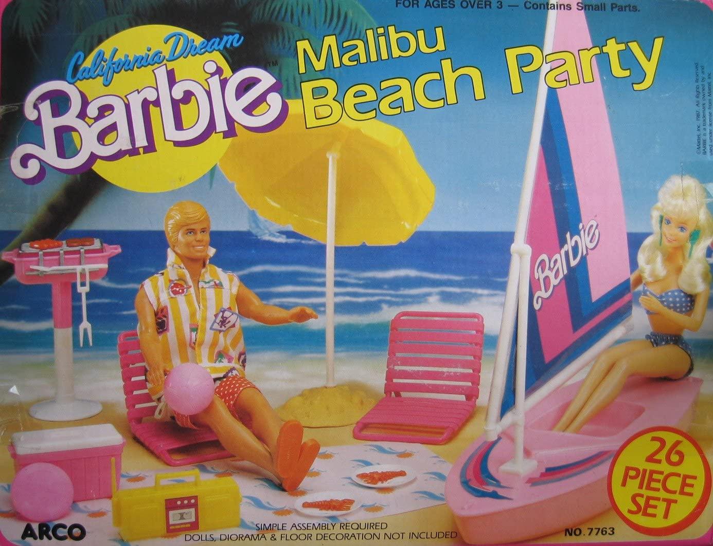 California Dream Malibu Beach Party 26 Piece Playset (1987)