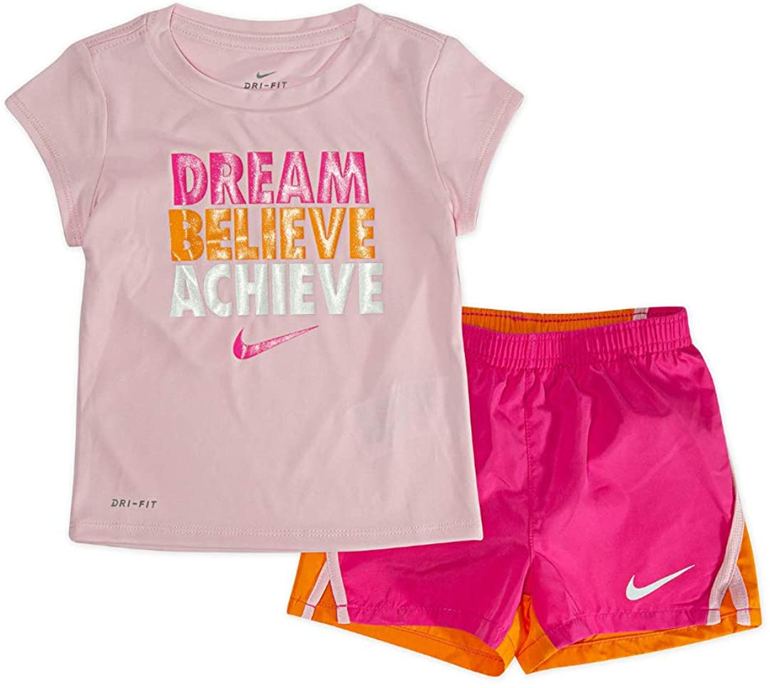 Nike Girl`s Graphic Print T Shirt & Shorts 2 Piece Set (Laser Fuchsia(36E855-P5D)/Pink, 4)
