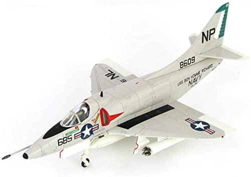 Hobbymaster Hobby Master Douglas A-4C Skyhawk MIG-17 Killer BUNO 148609 VA-76 USS Bon Homme Richard 1ST May 1967 1/72 diecast Plane Model Aircraft
