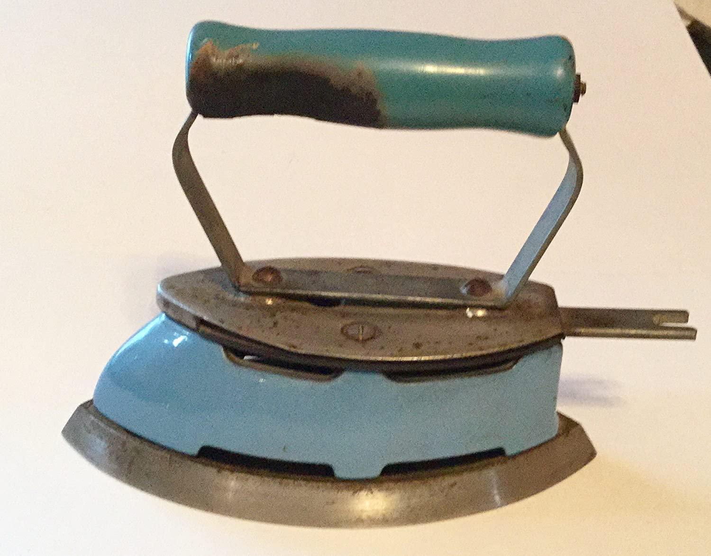 Sad Iron. GAS, BLUE ENAMEL, 1930s