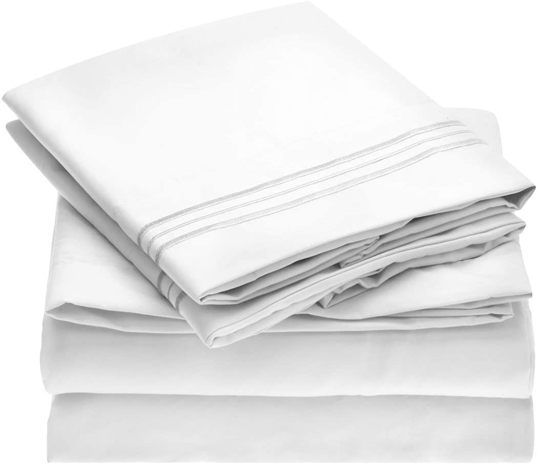 Mellanni Bed Sheet Set - Brushed Microfiber 1800 Bedding - Wrinkle, Fade, Stain Resistant - Hypoallergenic - 4 Piece (Full, White)