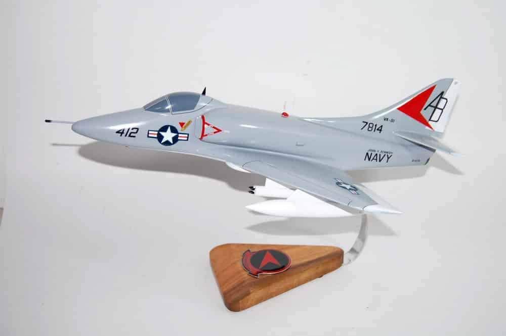 VA-81 Sunliners A-4c 1973 USS Kennedy