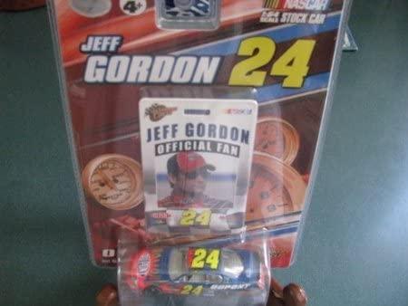 Dubblebla Jeff Gordon #24 Dupont Monte Carlo 1/64 Scale Diecast Official Fan Series Winners Circle 2007