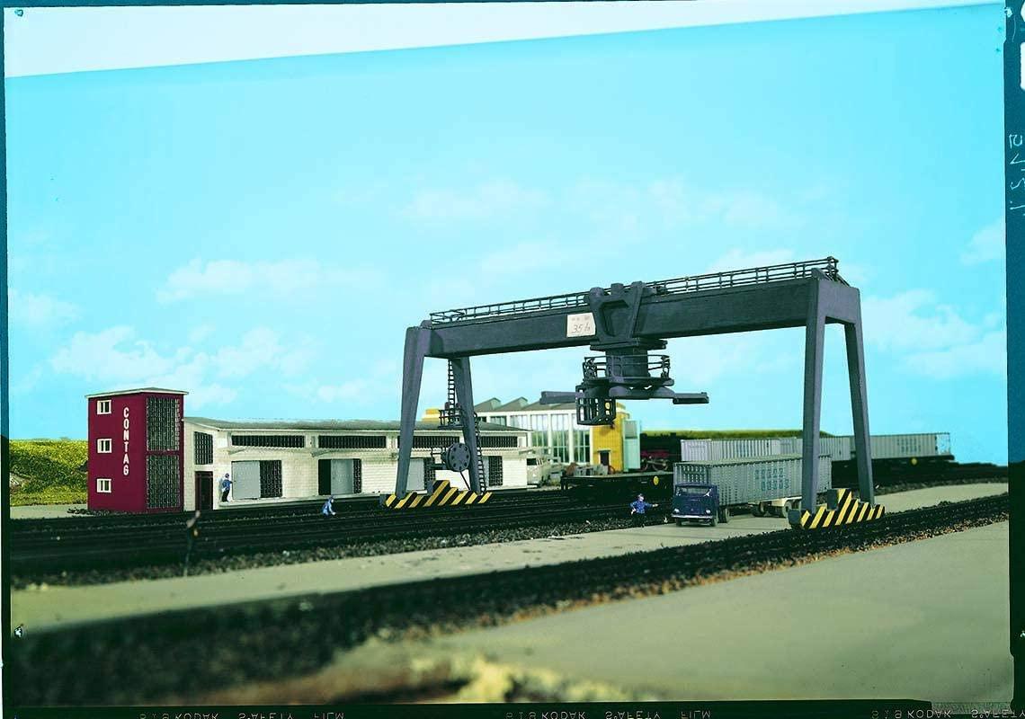 Vollmer 45624 Container-Kran Handel & Industrie
