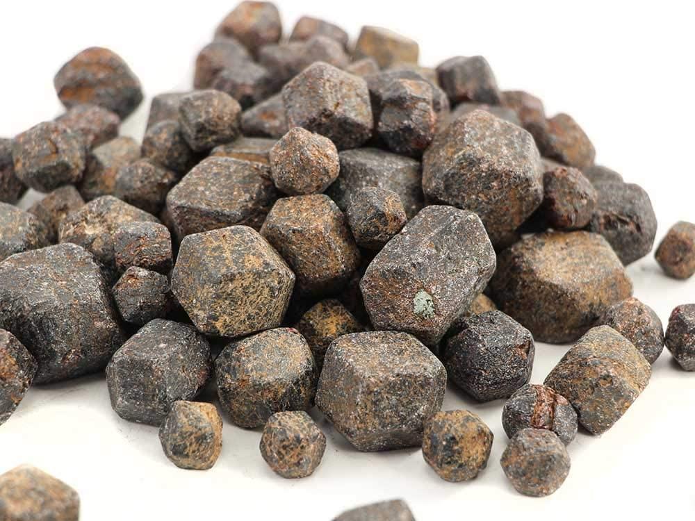 SSLA Raw Garnet Large XL 1LB Garnet Natural Crystals Rough Crystal Origin Madagascar 1 to 1 1/2 Inches Wholesale