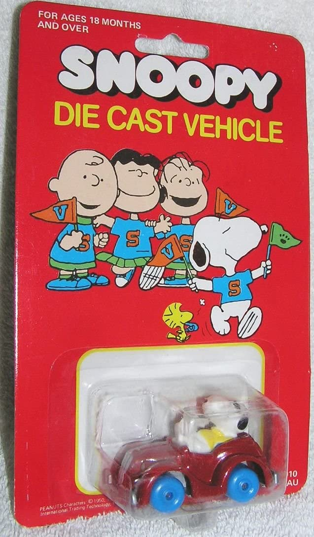 Peanuts Vintage Snoopy in Red Sports Car Diecast Vehicle