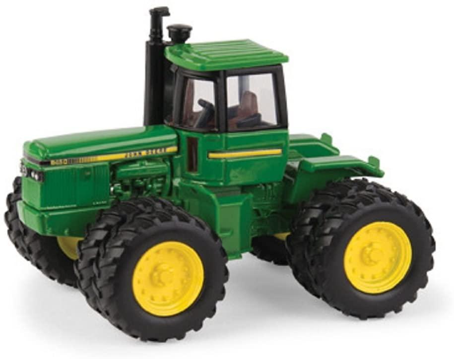 TOMY John Deere 1/64 8450 Tractor
