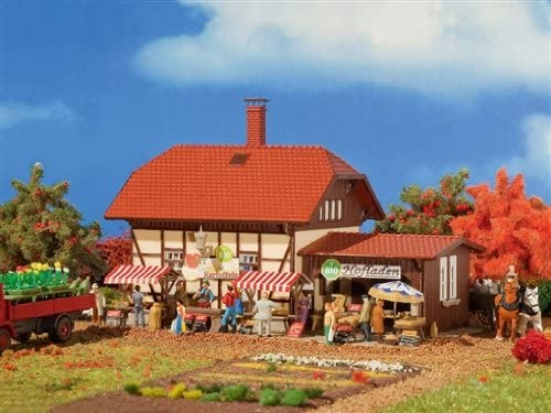 HO Scale Organic Farm Shop - Kit (Organic Plastic) -- Includes Stands, Umbrellas & More 6-1/8 x 4-5/16 x 4-1/4
