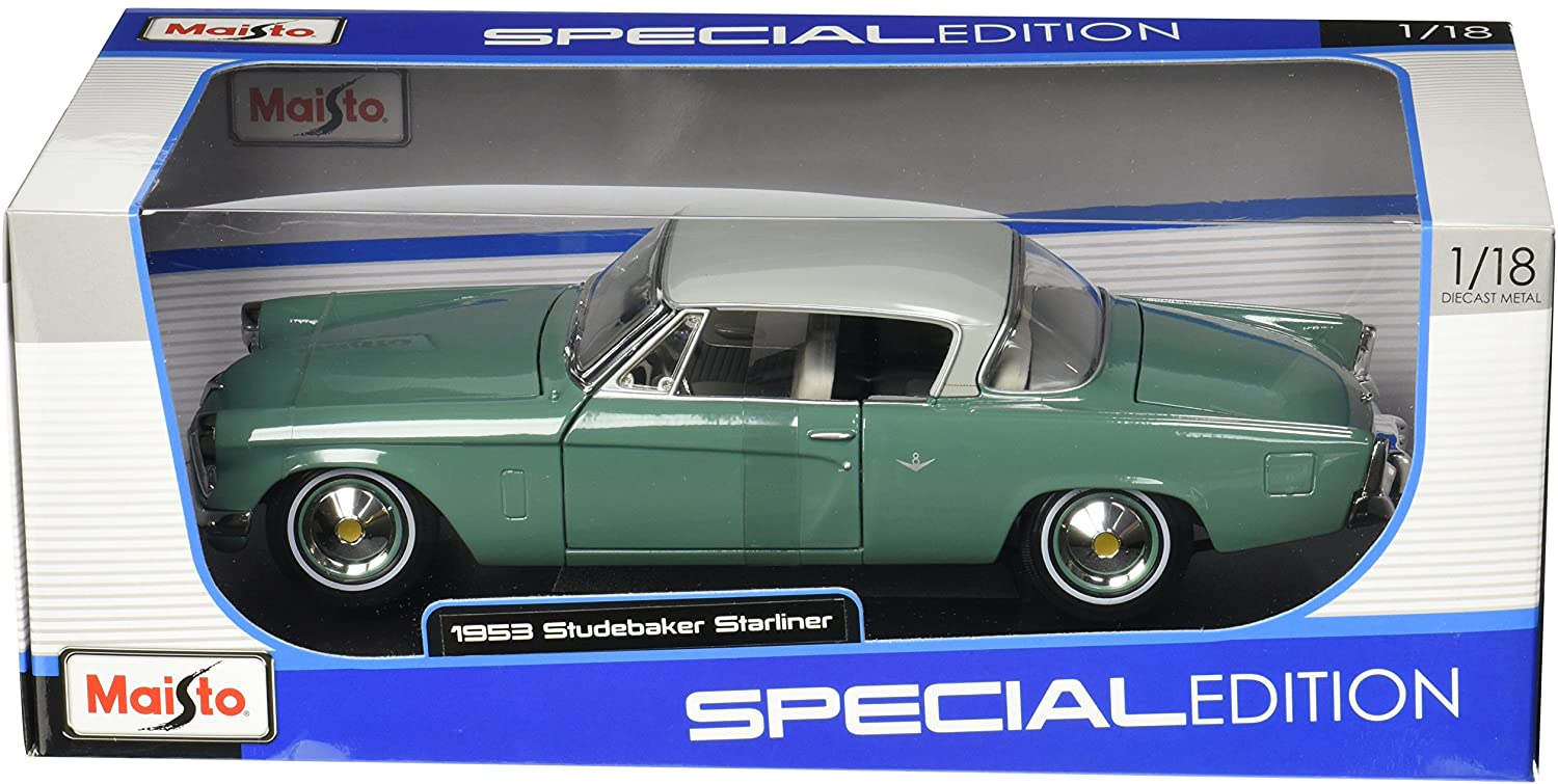 Maisto 1:18 Scale 1953 Studebaker Starliner Diecast Vehicle (Colors May Vary)