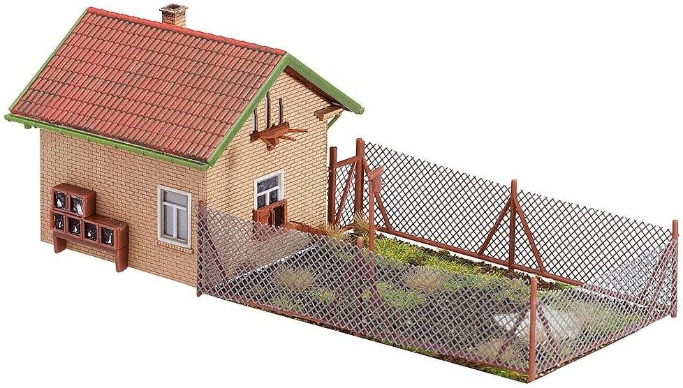 Faller 130328 Henhouse with Free Run Pen HO Scale Building Kit