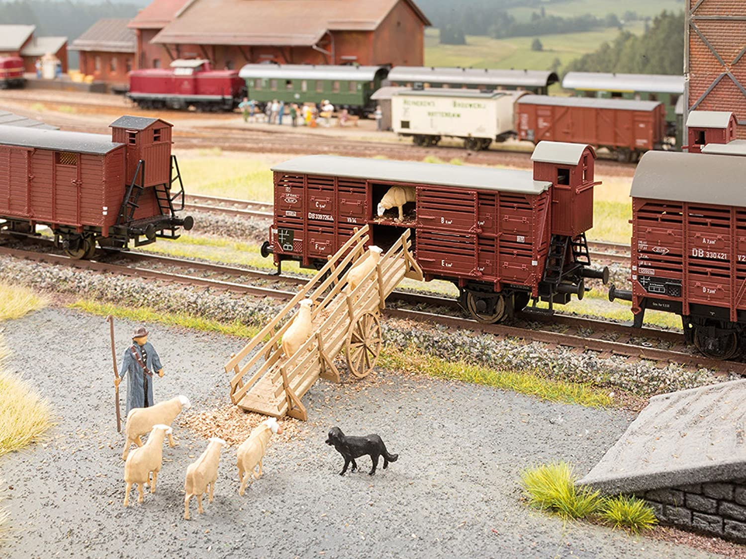 Noch 14246 Cattle Loading Bridge H0 Scale  Model Kit