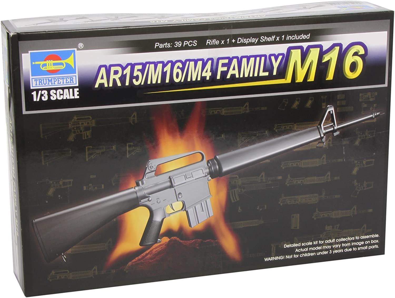 Trumpeter 1/3 AR15/M16/M4 Family M16 Machine Gun