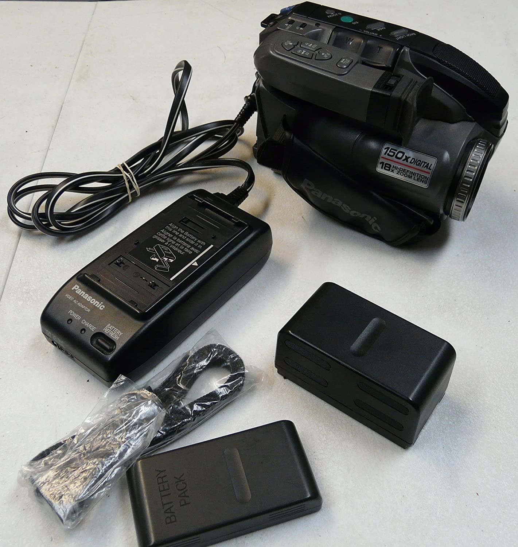 Panasonic PV-L580D Compact VHS/VHS-C Palmcorder Camcorder Bundle