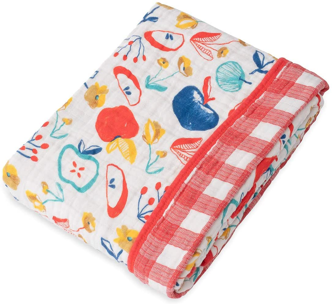 Red Rover Kids Breathable Cotton Muslin Baby Quilt (Apple Slice)