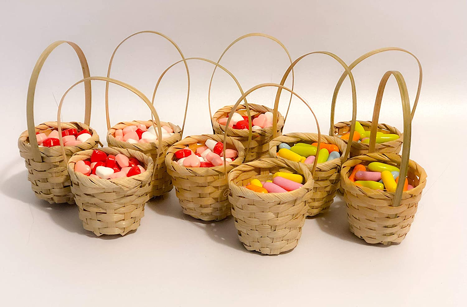 6pcs of Natural Miniature Straw Baskets, Mini Wicker Baskets, Small Rustic Baskets, Tiny Christmas and Easter Baskets, Wedding Baskets (Pack of 6)