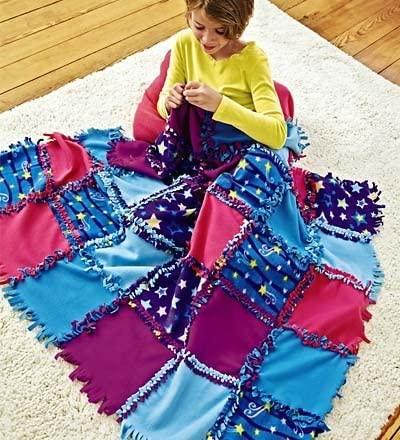 Fleece Starry Sky Knot-A-Quilt No Sew Craft Kit