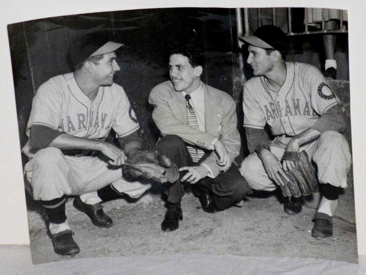 1950 Limonar Martinez & Sandy Consuegra, Marianao Baseball Team, Type 1 Photo - MLB Unsigned Miscellaneous